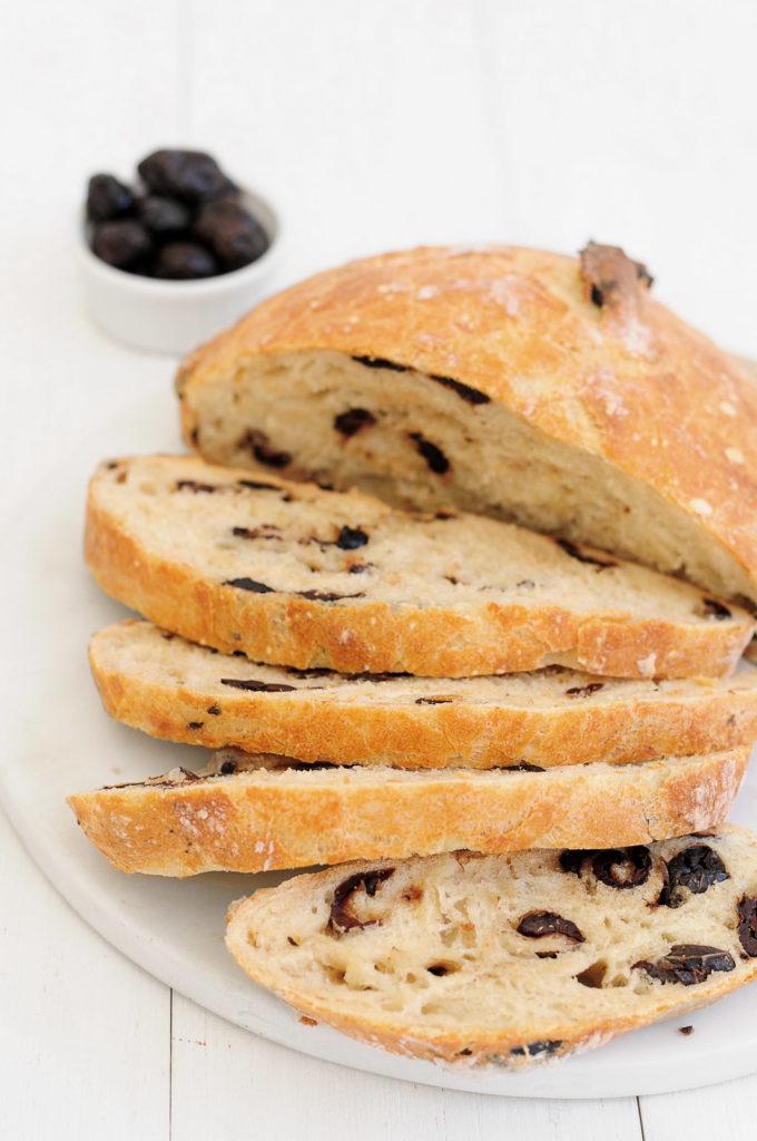 לחם זיתים ללא לישה