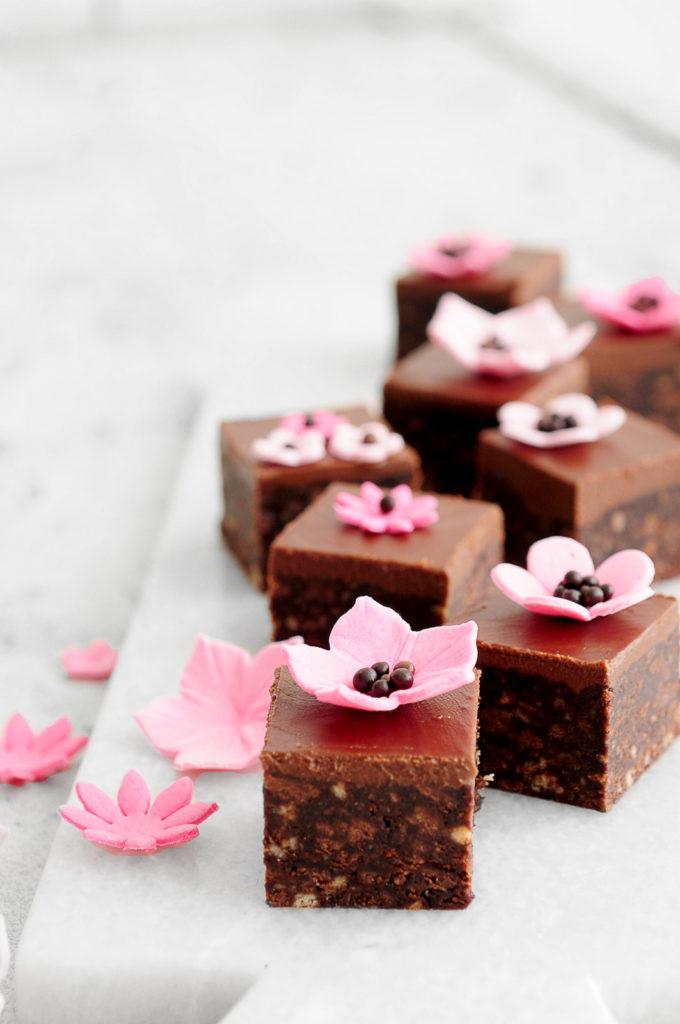 חיתוכיות שוקולד וחמאת בוטנים