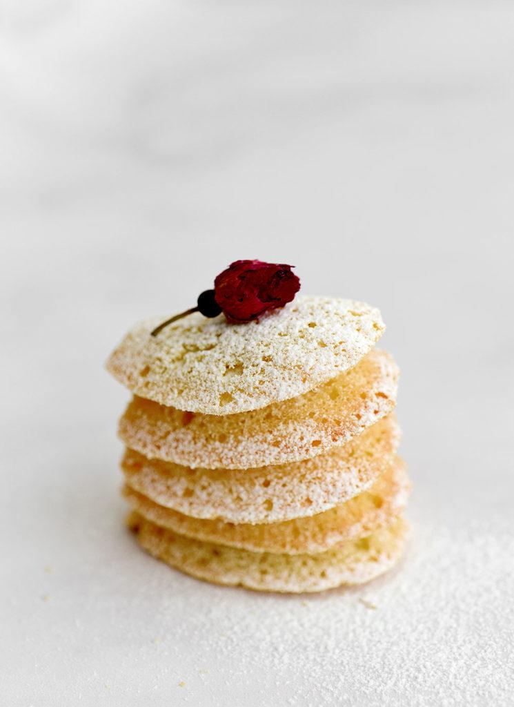 עוגיות שקדים וורדים