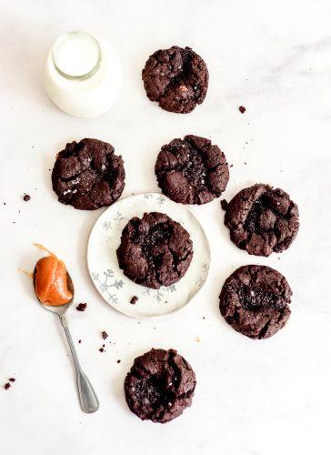 עוגיות שוקולד וקרמל מלוח
