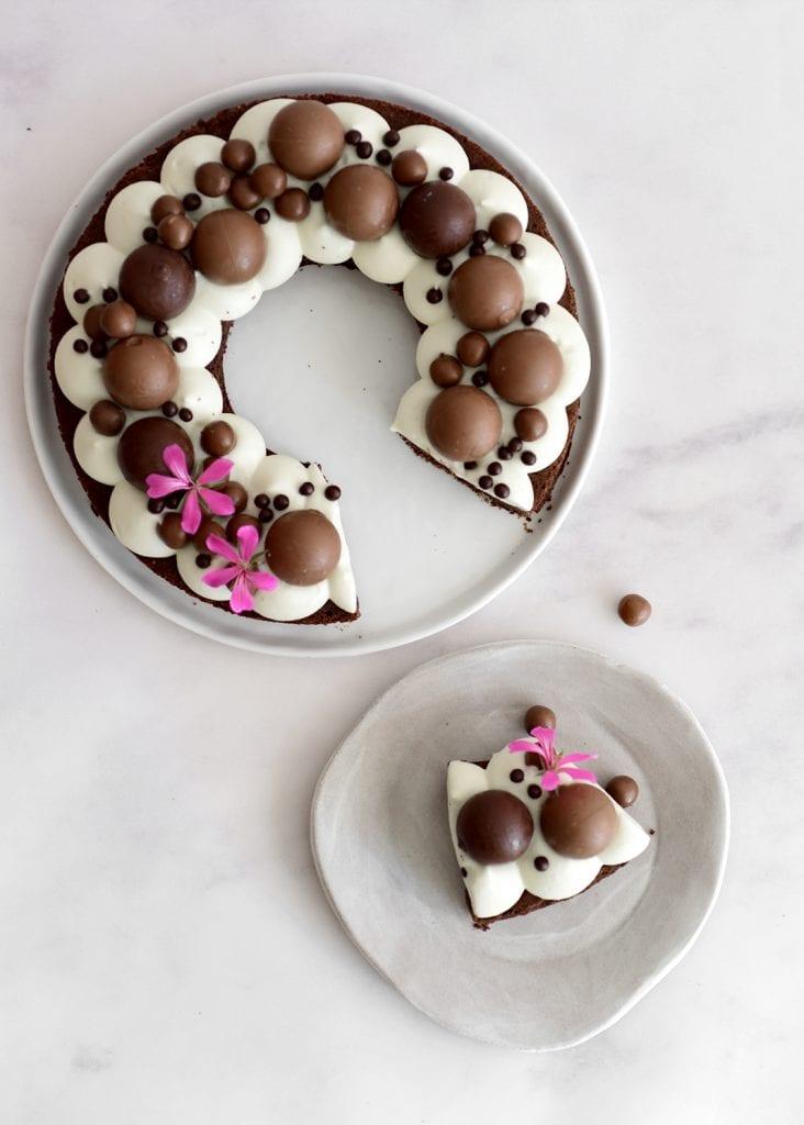 ברטון שוקולד עם קרם שוקולד לבן