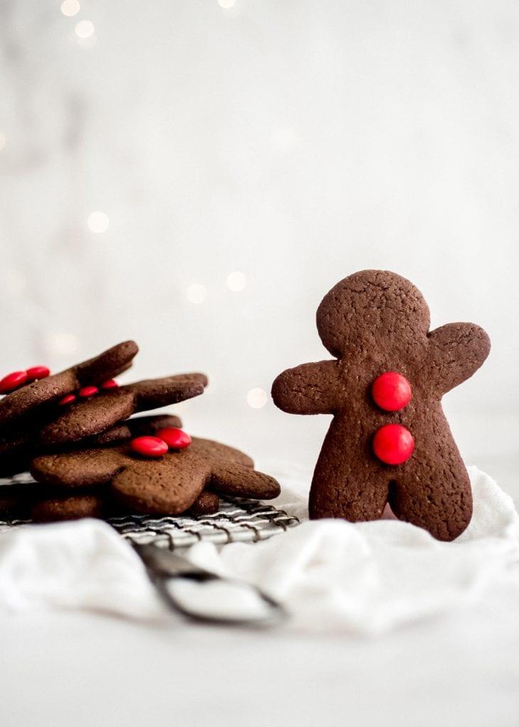 עוגיות ג'ינג'ר שוקולד