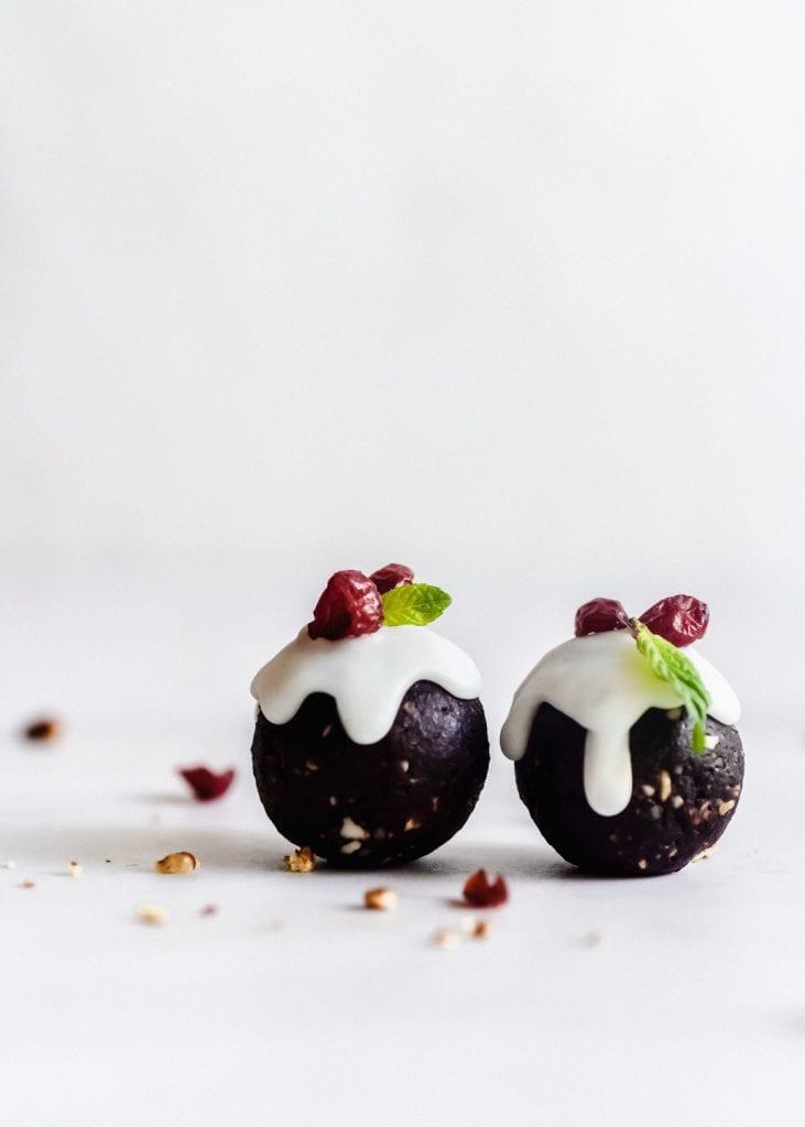 כדורי תמרים קקאו טבעוניים