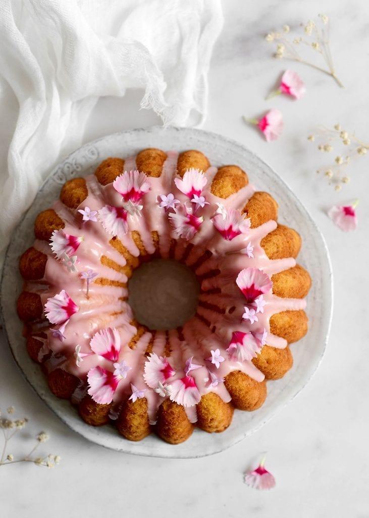 עוגת אשכולית אדומה