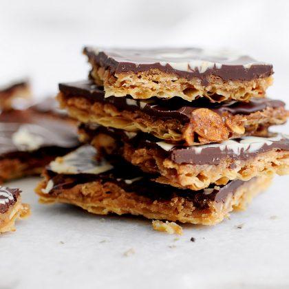 שברי מצות בקרמל שקדים ושוקולד